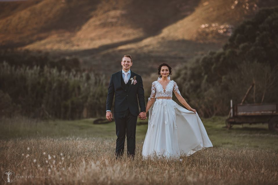 Lezar & Chrissie Botha - Love in Abundance